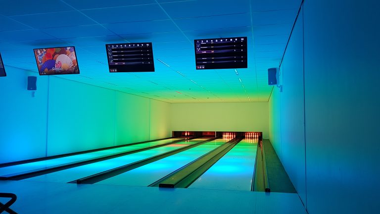 Bowlingbahn in der Ferienanlage.